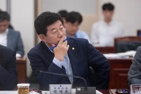 "LH 아파트 하자 분쟁 ""LH 원도급사가 심의…'셀프 심사'했다"""