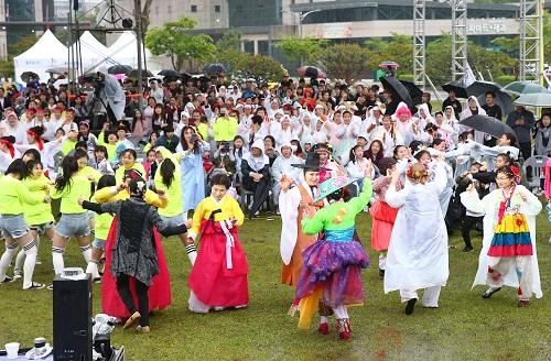 4.댄싱퍼레이드팀들 뒷풀이 한마당.jpg