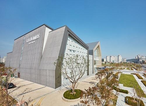 대전에도 이런 건물이_라도무스아트센터_(은상).jpg